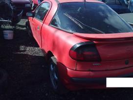 Opel Tigra dalimis. Superkame defektuotus automobilius