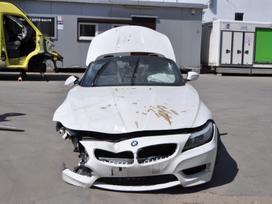 BMW Z4. Dėl dalių skambinkite +370 601 801 26  dalis galite