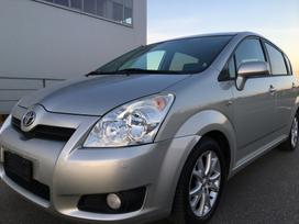 Toyota Corolla Verso, 2.2 l., minivens