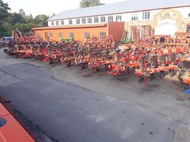 Kverneland 100, ploughs