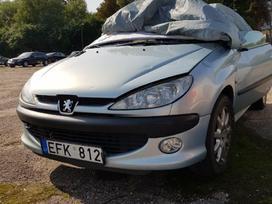 Peugeot 206 dalimis. Stogas veikia  priekio dalys sveikos