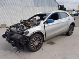 Mercedes-Benz GLA klasė