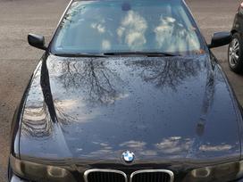 BMW 540, 4.4 l., sedanas