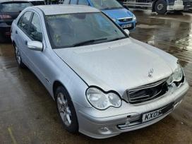 Mercedes-Benz C220. Mb 203, 2.2 cdi, juodas odinis salonas,liei