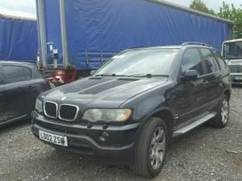 BMW X5 dalimis. Automobiliu detales prieinamom kainom, visom