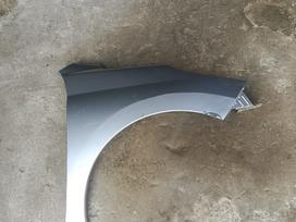 Peugeot 207. Tik sparnas