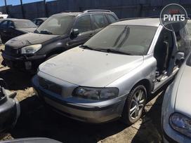 Volvo V70 dalimis. -adresas: vilnius, prašiškių g. 53, 7 angaras.