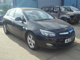 Opel Astra dalimis. Opel astra 2010metų.