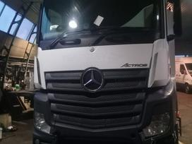 Mercedes-Benz Actros, vilcējs