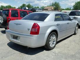 Chrysler 300C dalimis. 300c dalimis  variklio ir dezes nera