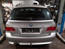BMW 5 serija. Dalimis.turime daug įvairių automobilių dalimis.