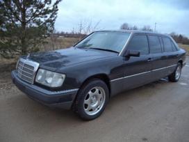 Mercedes-Benz 260, 2.6 l., sedanas