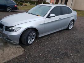 BMW 330. 330i 190kw  automatas,xenon,apilovimas lempu,kreminis