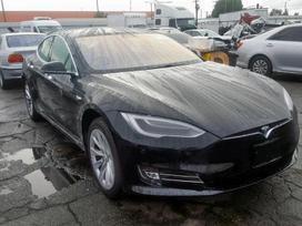 Tesla Model S dalimis. Parduodama tesla model