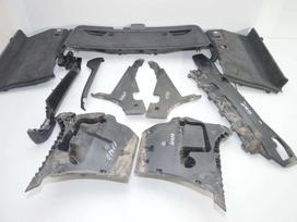 BMW 5 serija apdailos grotelės, apdailos detalės