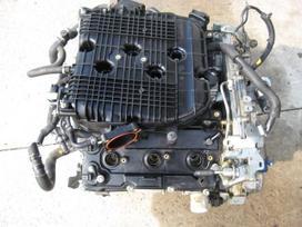 Infiniti Fx35 variklio detalės