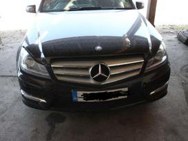 Mercedes-Benz C klasė. Turime daugiau ardomų automobilių. *