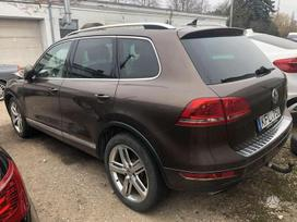 Volkswagen Touareg. Dalimis. 4,2tdi. daug privalumu: dynaudio