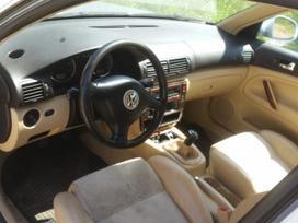 Volkswagen Passat dalimis. Komentarai skambinti siais numeriais