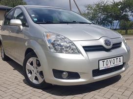 Toyota Corolla Verso, 2.2 l., Минивэн