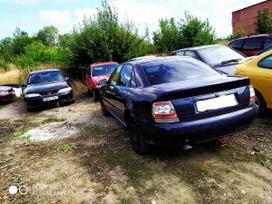 Audi A4 rezerves daļās. Esant galimybei, organizuojam detalių
