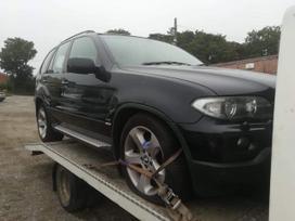 BMW X5. Bmw e53 x5      4.4i spalva: black sapphire