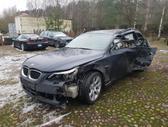 BMW 530 dalimis. Bmw e61 530xd  spalva: monacoblau metallic -
