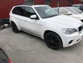 BMW X5. ,,5kameros,duru pritraukejai,,elektrine bagazine,