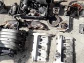 Audi A8 variklio detalės