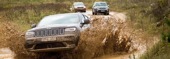 """""""Memel Motor Fest"""" festivalyje – """"Jeep"""" entuziastų pasirodymas"""
