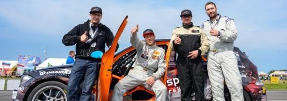 """""""Sparti reklama racing team"""" lenktynininkai įsitikinę: 1000 km lenktynėse svarbiausia finišas"""