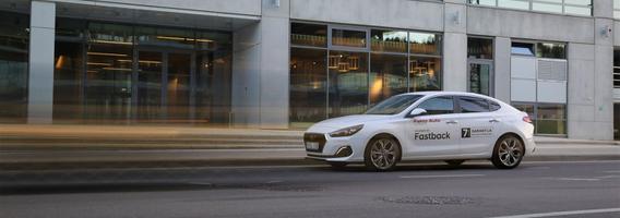 """""""Hyundai i30 Fastback"""" – kai norisi daugiau nei tik įprasto hečbeko"""
