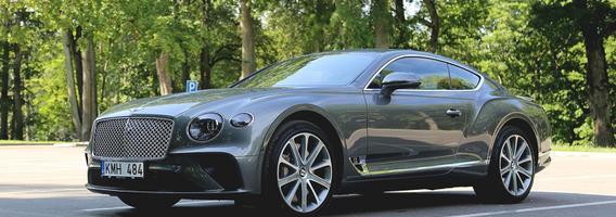 """Gatvių banginis """"Bentley Continental GT"""" – kupė be priekaištų"""
