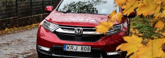 """Naujasis """"Honda CR-V"""" – tvirtas žingsnis miesto visureigių klasės segmente"""