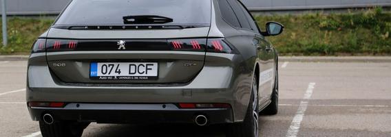 """""""Peugeot 508 SW"""" stumia stereotipus į šoną: vokiečiai, pasitraukite"""